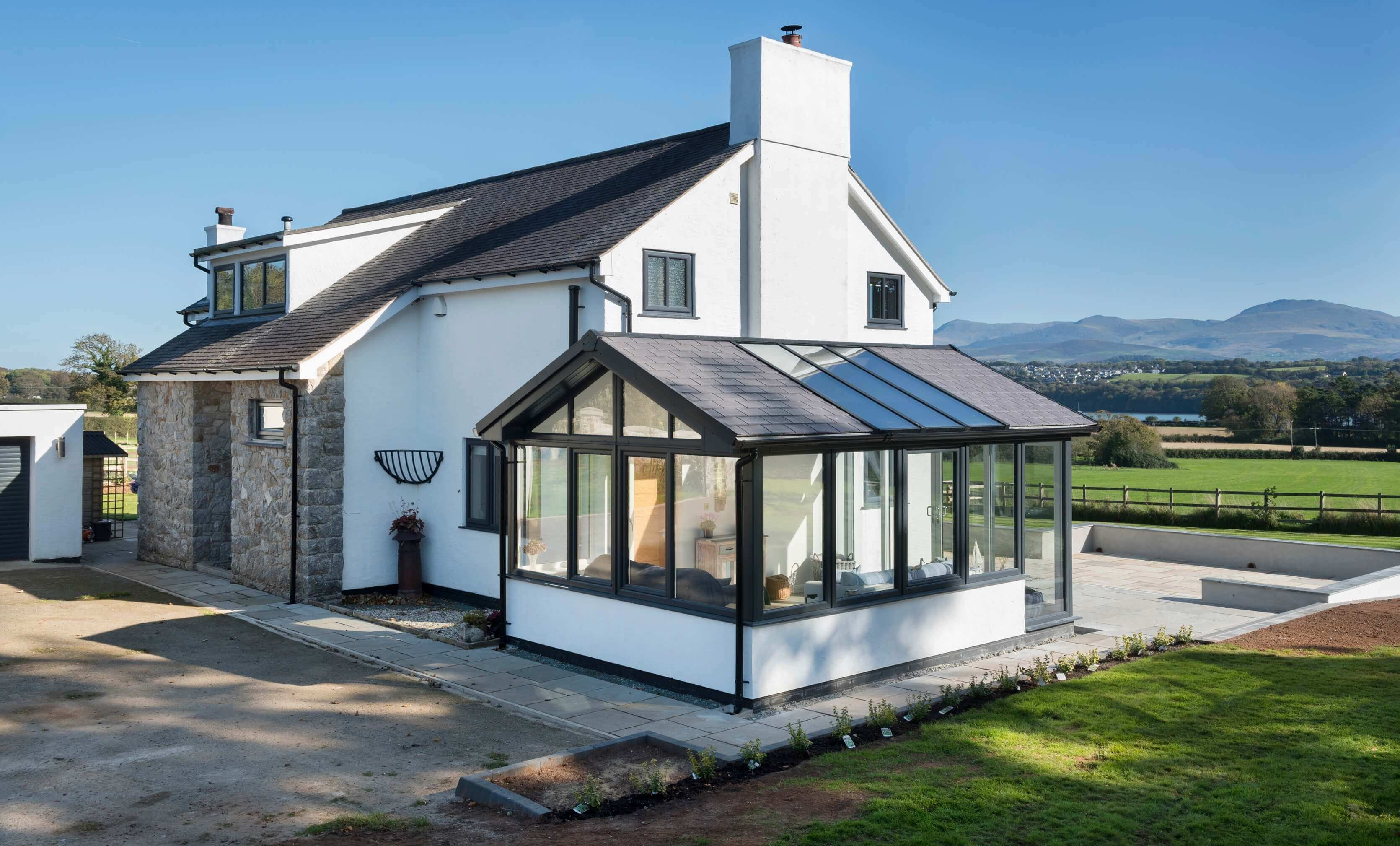 WARMroof Hybrid in Anglesey Action